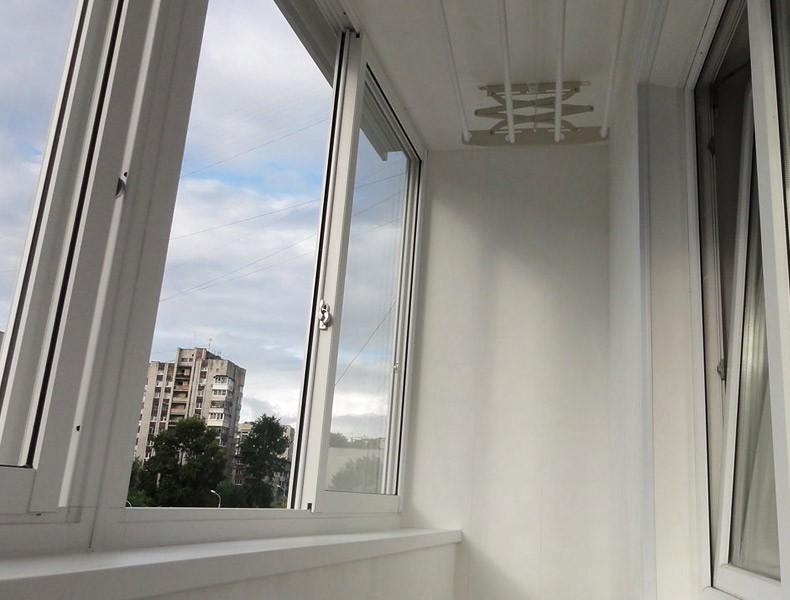 Примеры ремонта и обустройства балконов в брежневках от (ооо.