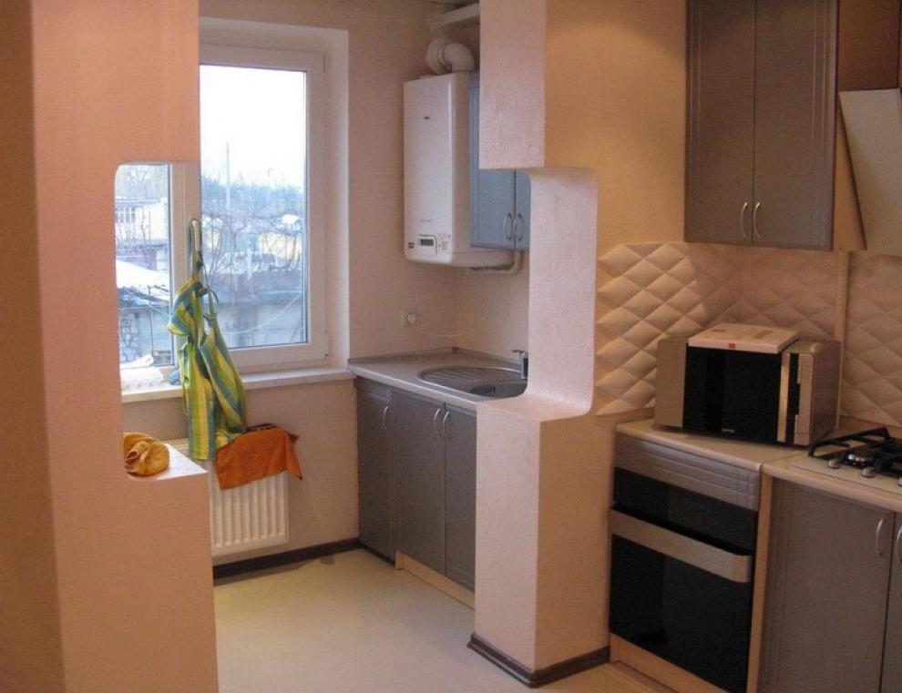 Совмещенный балкон с кухней фото.