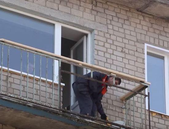 Как закрыть балкон сайдингом своими руками 84