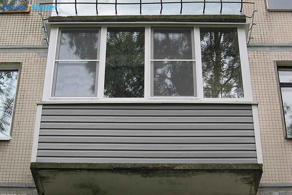 Остекление балконов в хрущевках - цена, остекление с выносом.